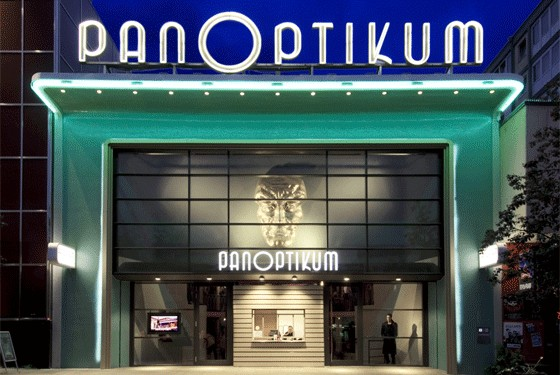 Front view of Panoptikum wax museum