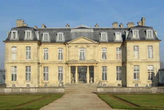 Exterior view of the Chateau de Champs sur Marne in Paris