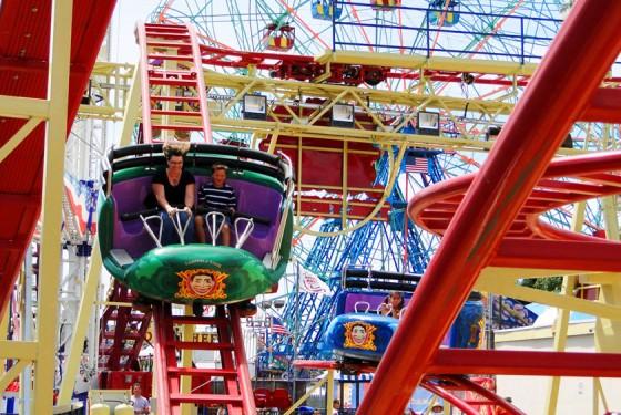 Luna Park The Tickler