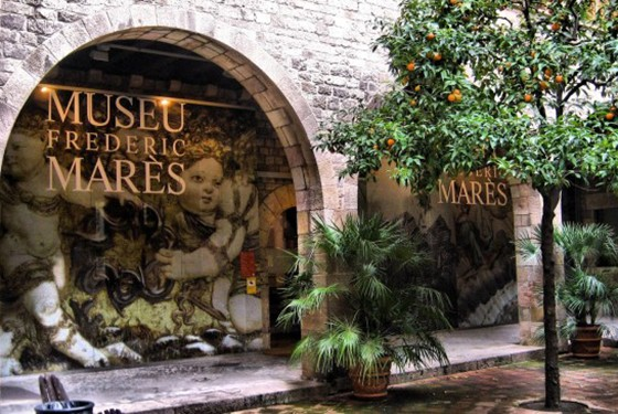 Entrance to the Museu Frederic Marès in Barcelona