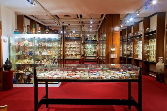 Museu del Perfume Barcelona exhibition room
